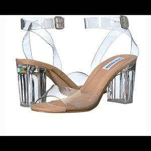 Clear Steve Madden heels 💗
